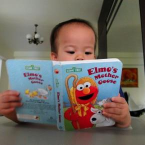 Reading aloud improves Dot's linguistic skills